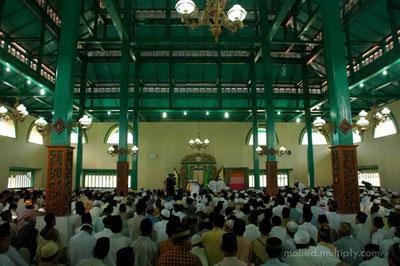 Rindu Masjid Sigi Lamo Sultan Ternate Ruang Utama Kota