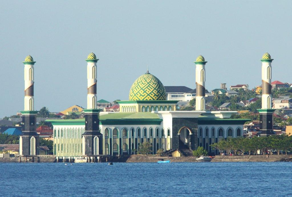 Royal Mosque Indonesia View Kota Ternate 492 Images Pinterest Beautiful