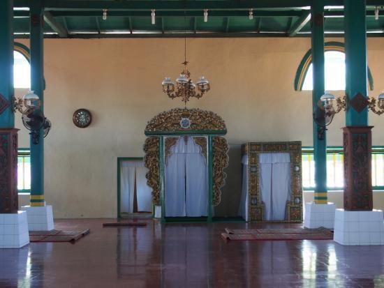 Sultan Ternate Mosque Tripadvisor Masjid Kota