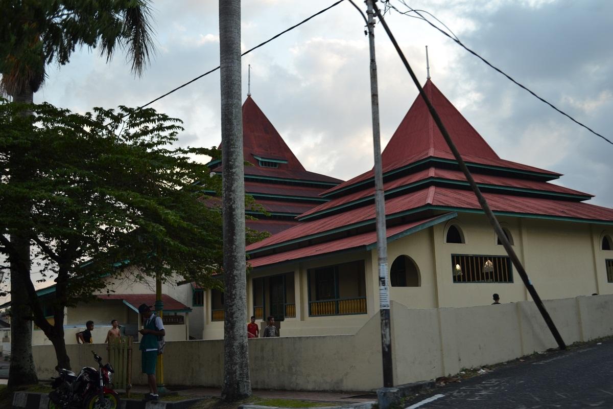 Ternate Indonesia Bermula Masjid Sultan Kota