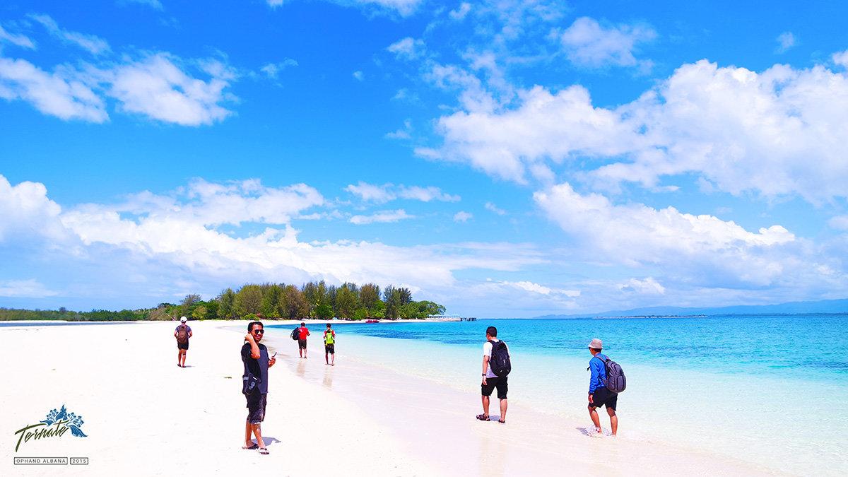 15 Lokasi Wajib Dikunjungi Ternate Kaskus Pantai Kastela Kota