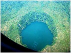 Benteng Danau Kota Ternate Serdadu Cemara Kastela Pantai