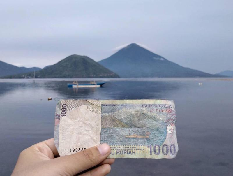 Panduan Tips Pergi Liburan Ternate Pergimulu Pantai Fitu Mata Uang