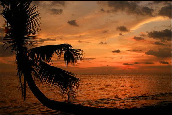Pantai Kastela Bolehtanya Kota Ternate