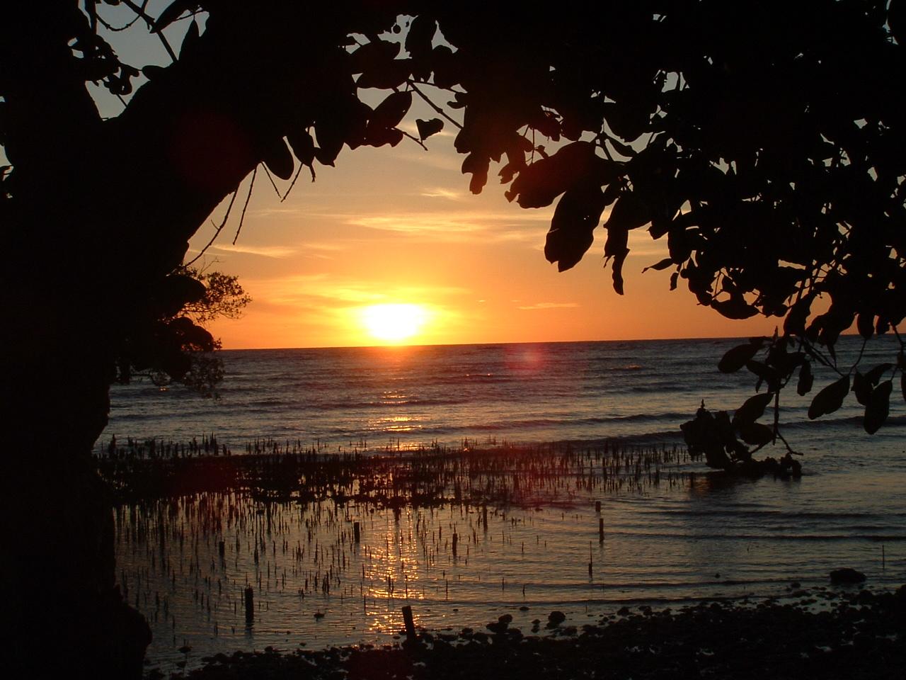 Pantai Kastela Kota Ternate Direktori Tempat Wisata Sebuah Indah Damai