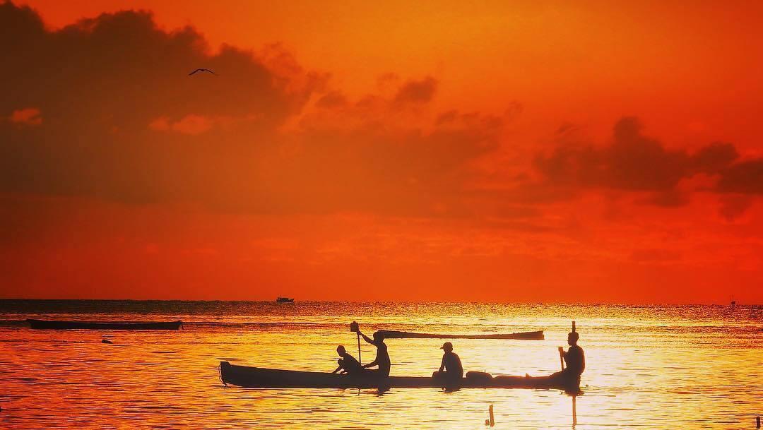 Pantai Kastela Ternate Langkah Anaknegeri Pergimulu Kota