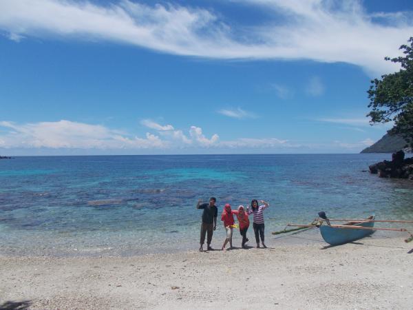 Sehari Mengelilingi Pulau Ternate Maluku Utara Kecubung Hamparan Karang Ikan