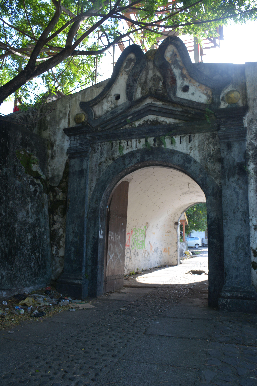 Pin Georg Hoffmeier Ternate Pinterest Forts Indonesia Canon Spice Entrance