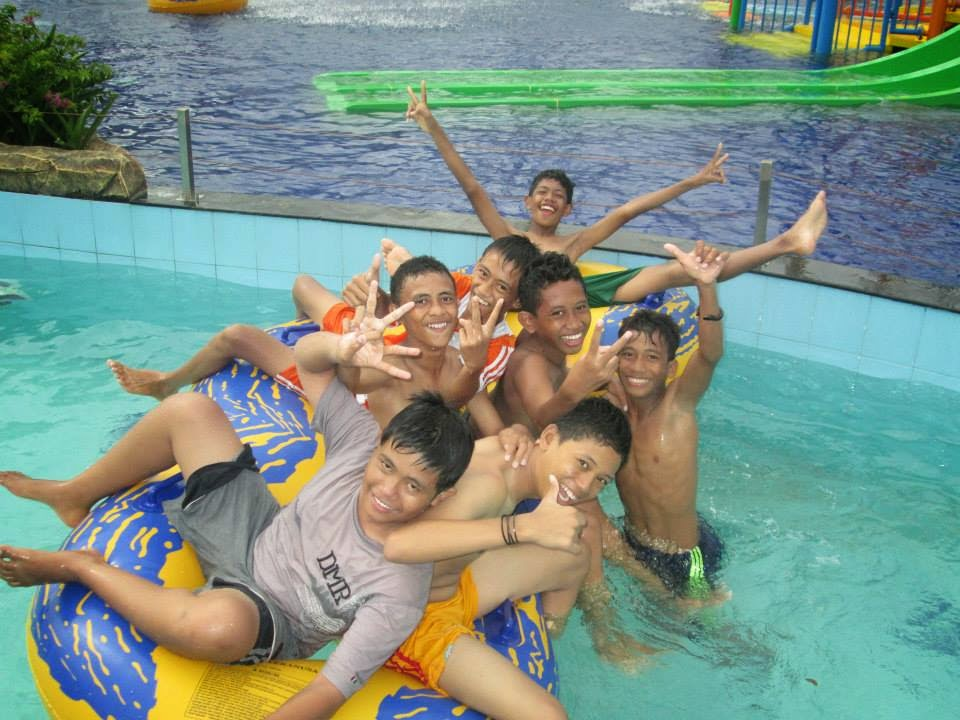 Ternate Island Kontraktor Waterpark Waterboom Kolam Kota