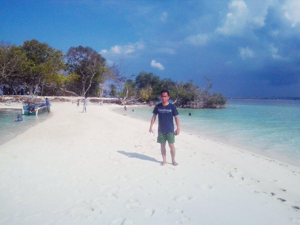 Hasil Jepretan Andi Faisal Wadjo Keindahan Pulau Bair Kepulauan Burung