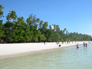 Keindahan Indonesia Pantai Ngurbloat Pasir Panjang Tual Putihnya Membentang Sekitar