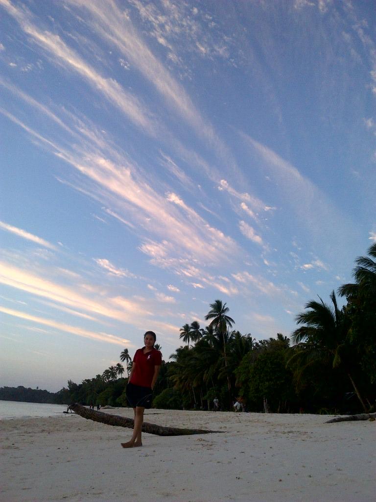 Life Pantai Pasir Panjang Tual Maluku Tenggara Kota