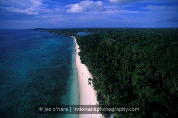 Pantai Ngurbloat Maluku Pasir Putih Terhalus Dunia Lokasinya Cukup Aman