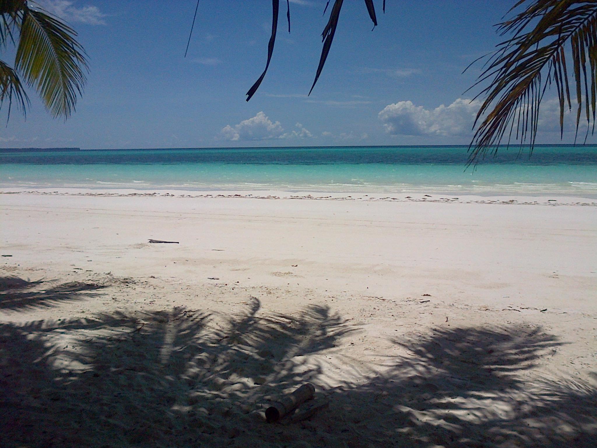 Pantai Pasir Panjang Pasirnya Sehalus Tepung Kota Tual