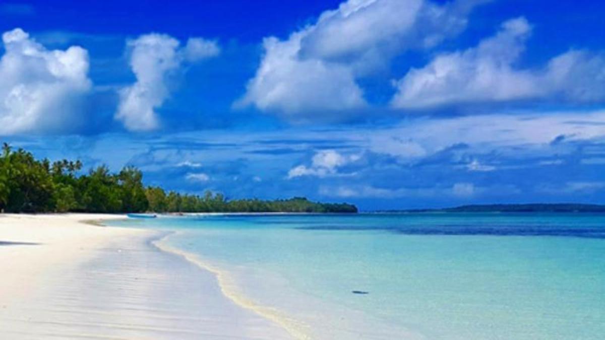 Pantai Pasir Panjang Sensasi Sehalus Tepung Archipelagos Kota Tual