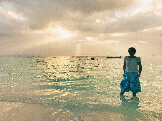 Pantai Pasir Panjang Tual Maluku Tenggara Foto Sunset Pajang Kota