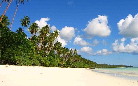 Pasir Panjang Tual Pantai Perawan Halus Tiada Tar Dok Trevelsia