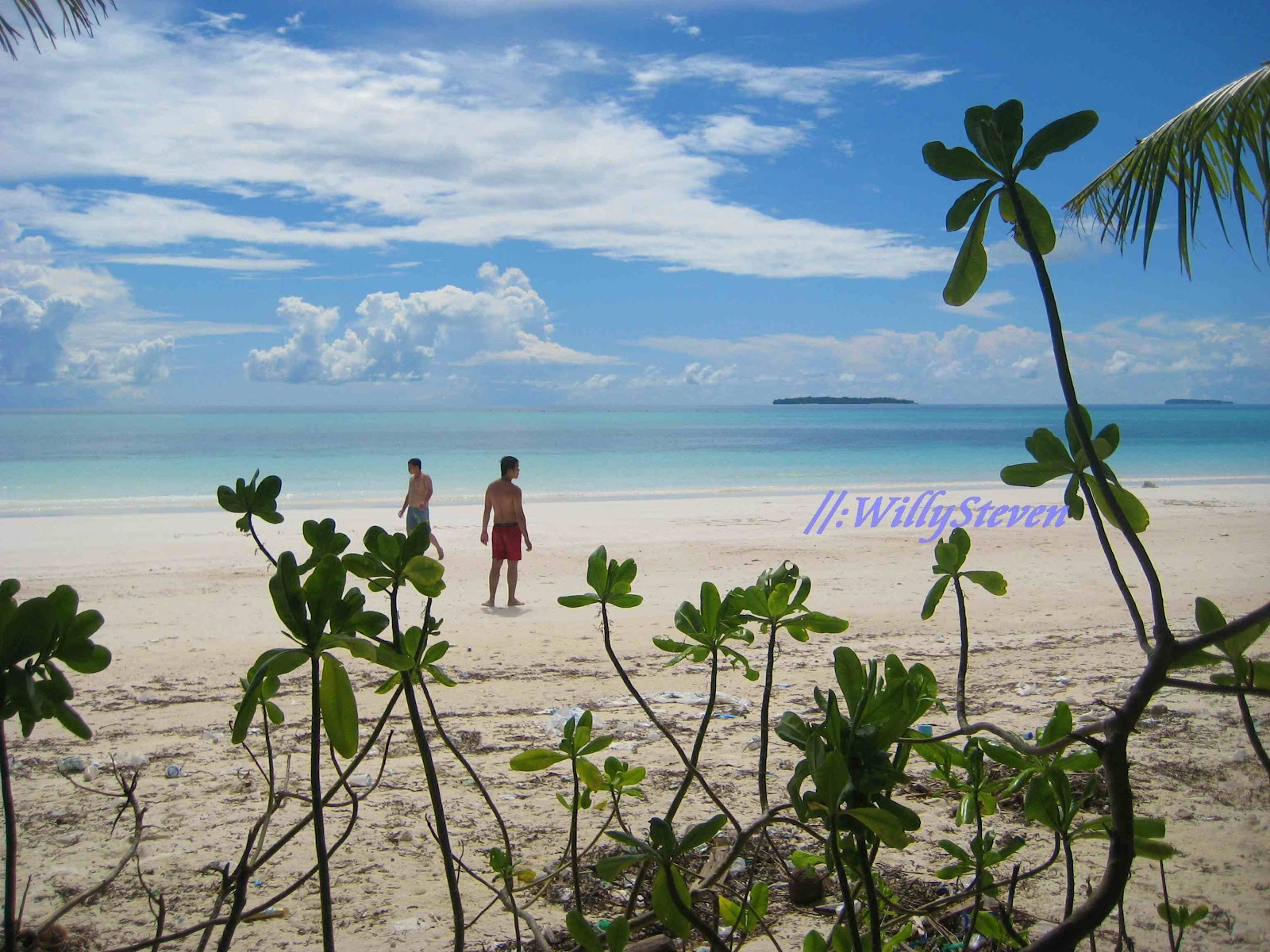 Travellermeds Beauty Beach Maluku Tenggara Pasir Panjang Pulau Kei Kecil