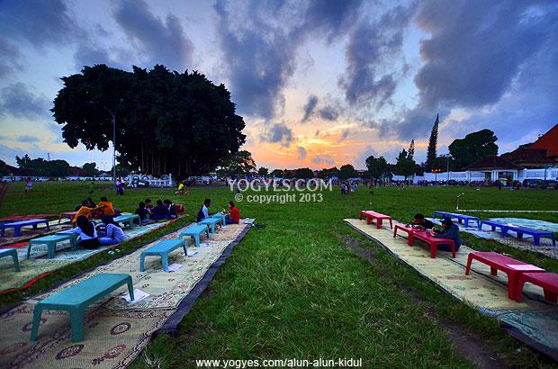 Alun Selatan 5 Tempat Terbaik Menikmati Senja Tengah Kidul Yogyakarta