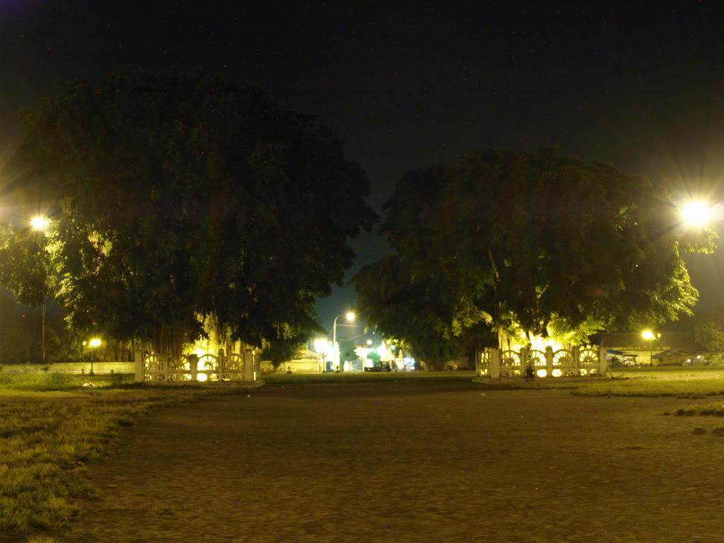 Malam Hari Alun Kidul Yogyakarta Pamungkaz Net Kota
