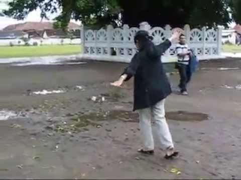 Ringin Kembar Alun Kidul Yogyakarta Youtube Kota