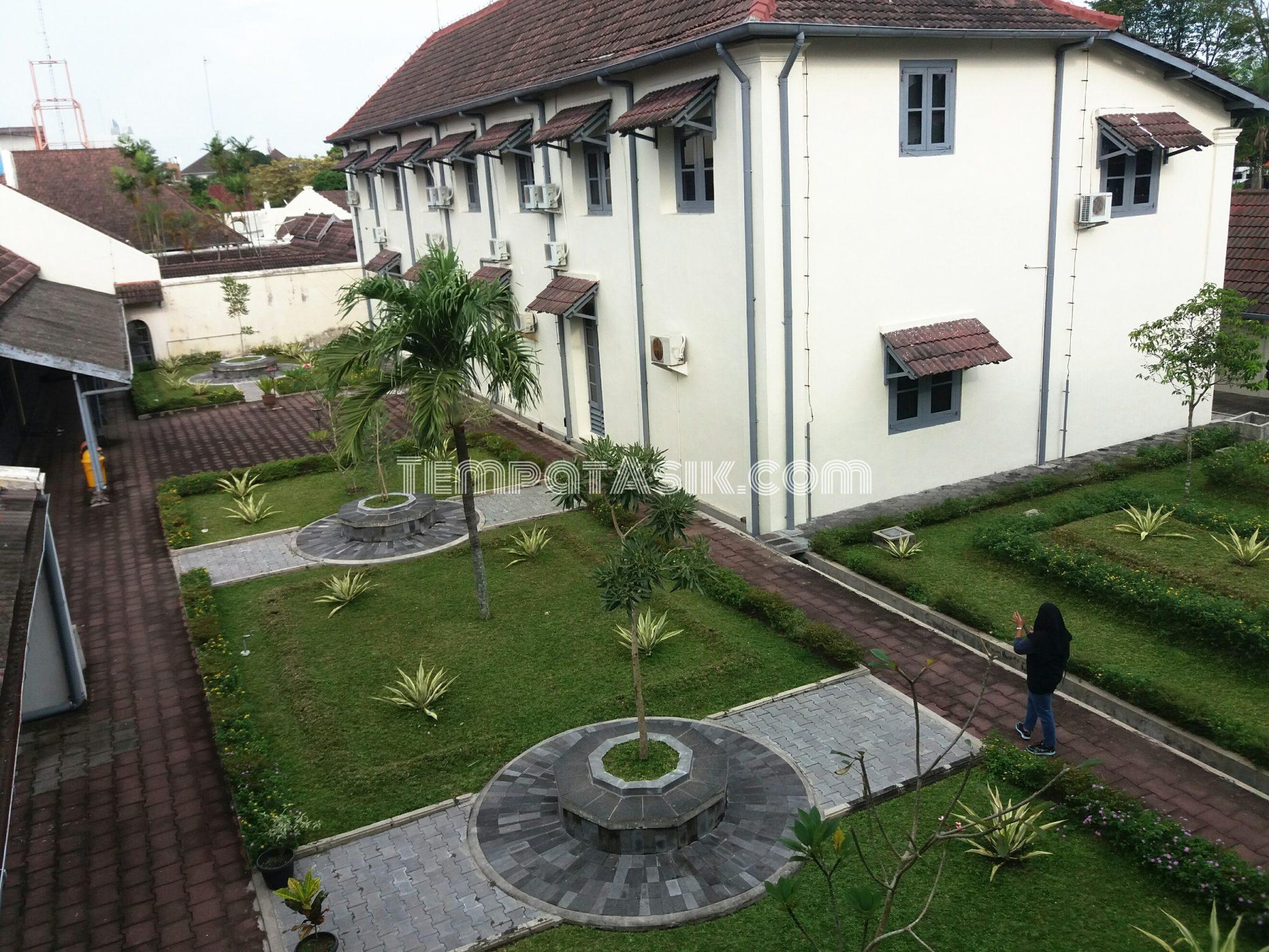 Benteng Vredeburg Museum Jendela Sewu Jogja Saksi Sejarah Kota Yogyakarta