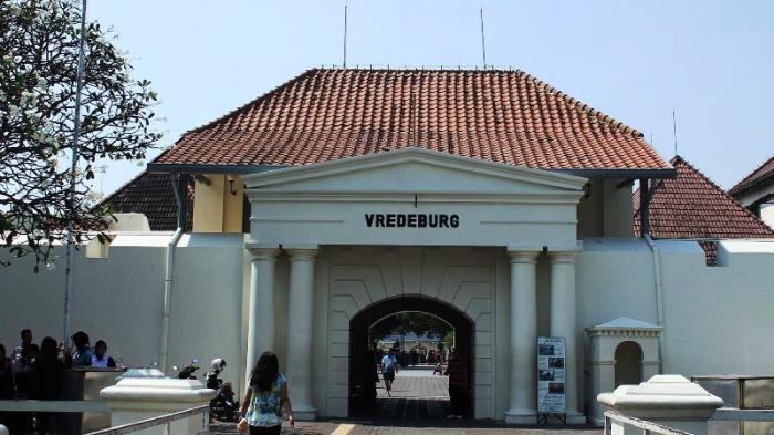Benteng Vredeburg Saksi Bisu Penjajahan Belanda Yogyakarta Kota