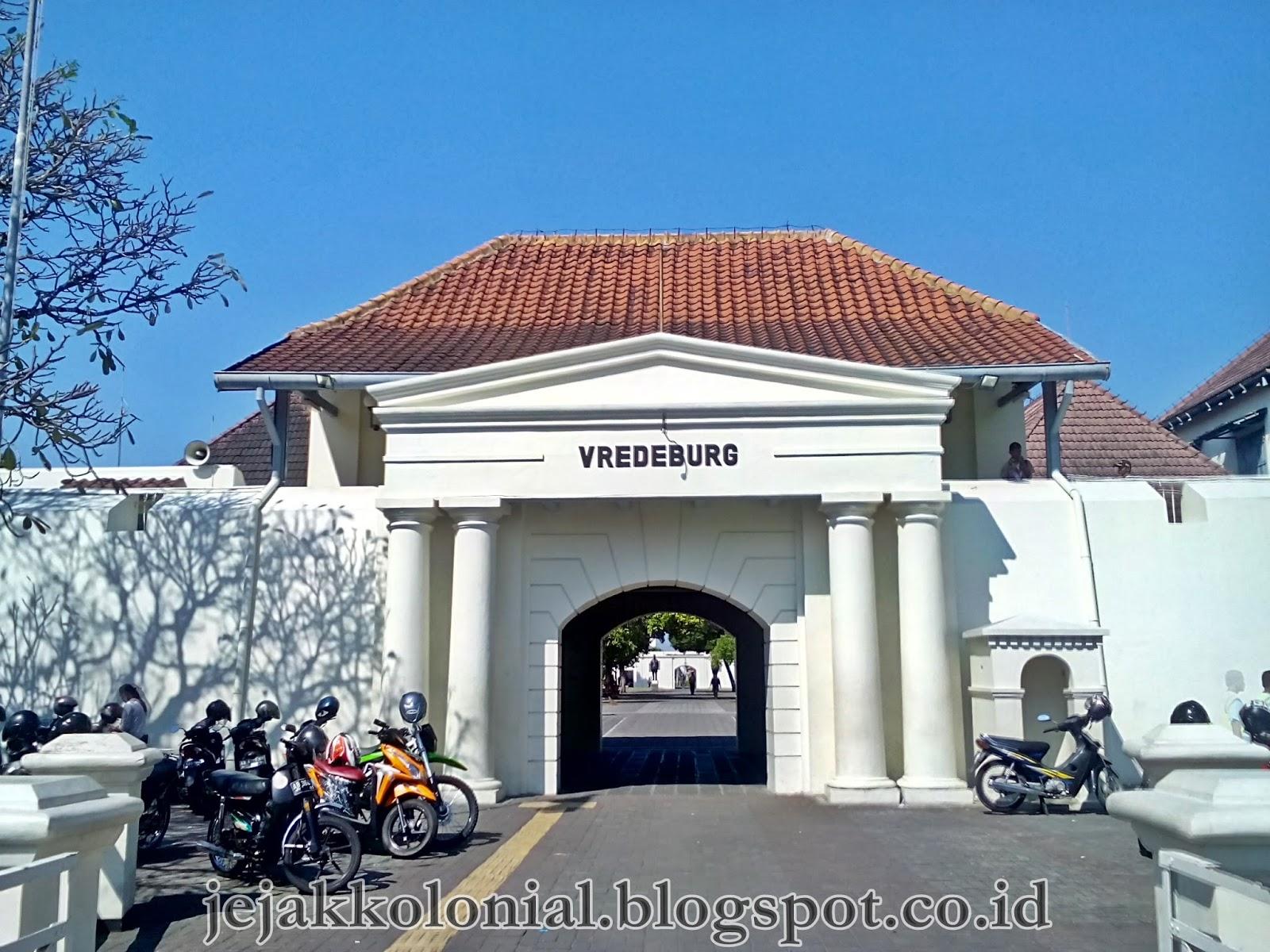 Jejak Kolonial Benteng Vredeburg Kompeni Bumi Mataram Gerbang Utama Kota