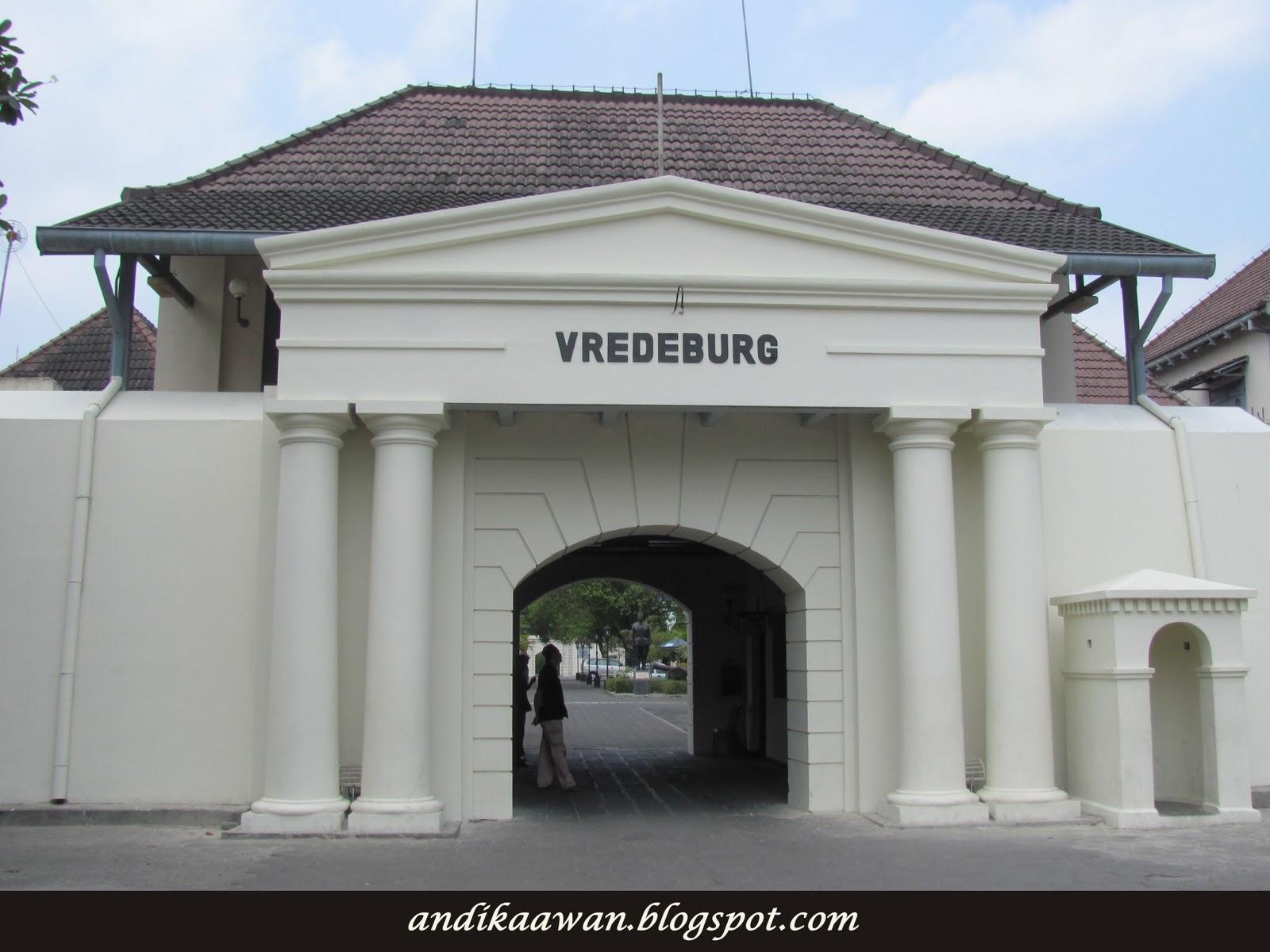 Penikmat Perjalanan Benteng Vredeburg Cagar Budaya Terkenal Kawasan Malioboro Kota