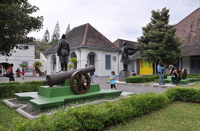 Pesona Kilas Balik Perjuangan Benteng Vredeburg Traveler Jogja Kota Yogyakarta