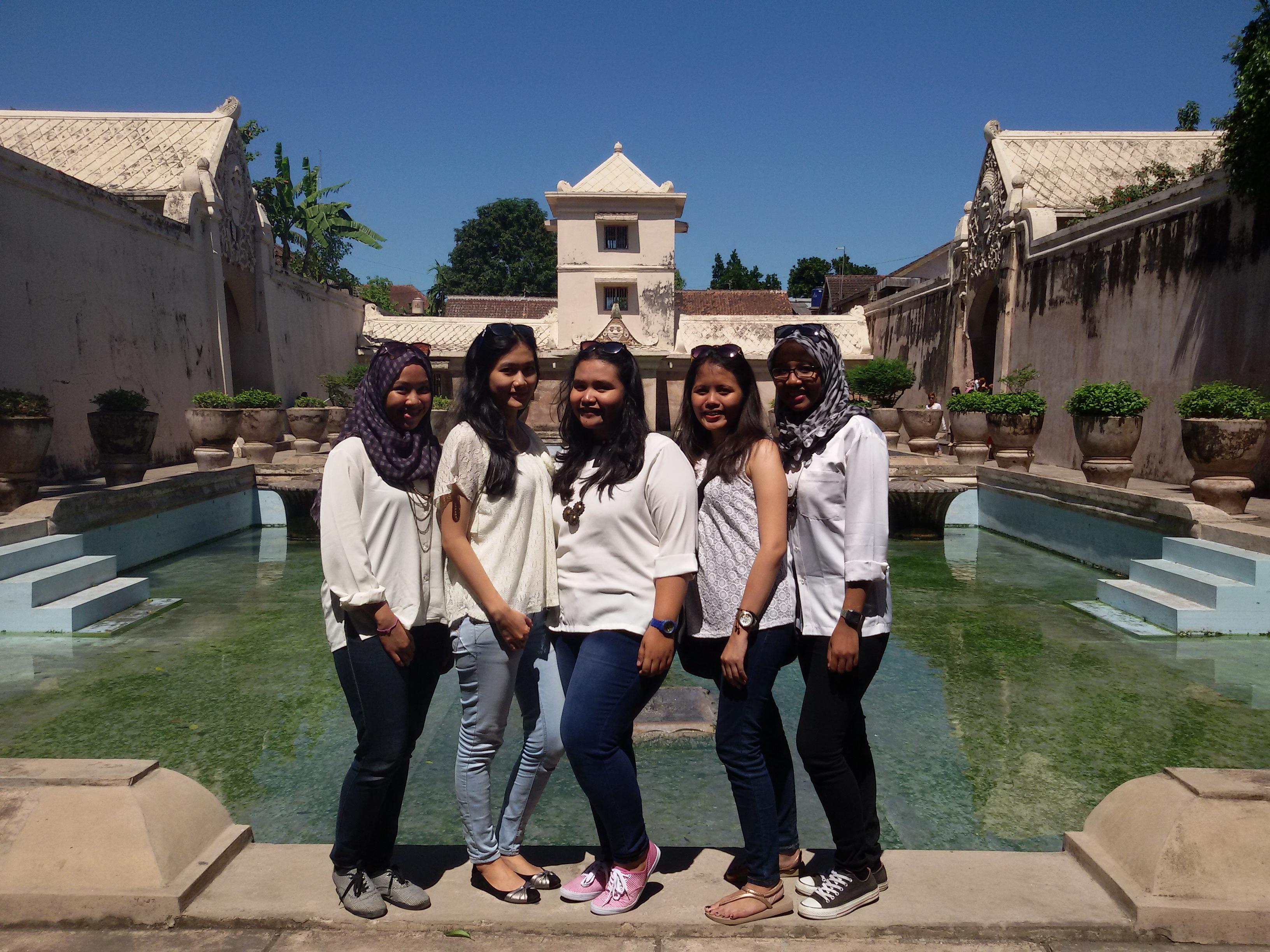 Taman Sari Water Castle Benteng Vredeburg Syarifa Umihani Kota Yogyakarta