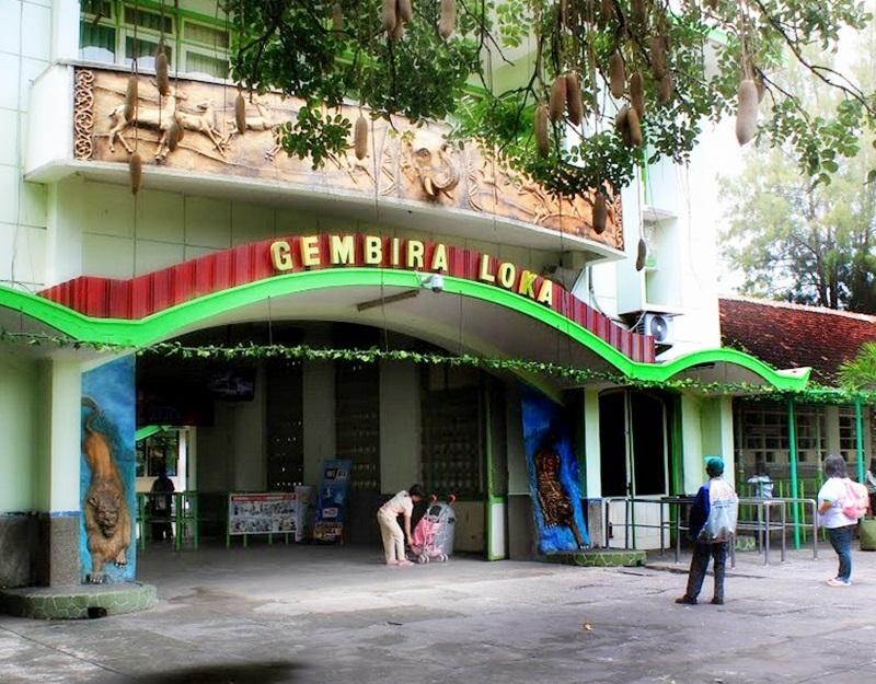 Kebun Binatang Gembiraloka Raya Bonbin Gembira Loka Yogyakarta Kota