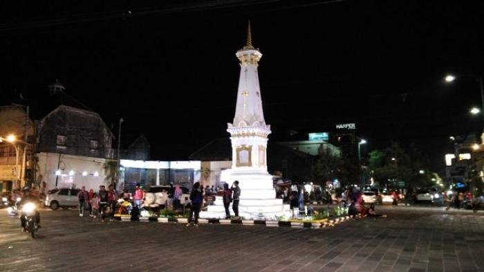Libur Iduladha Yuk Lihat Gunungan Kirab Prajurit Keraton Yogyakarta Masjid