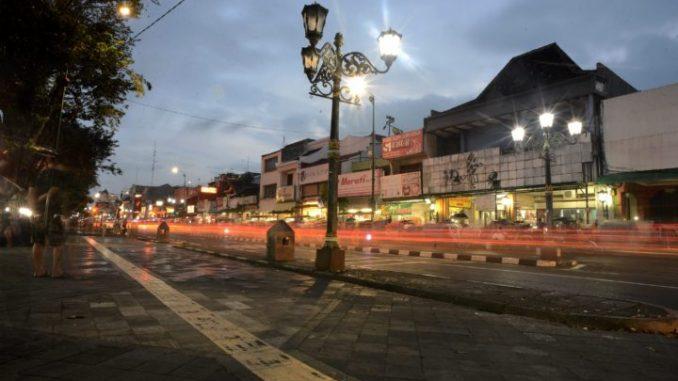 Sejarah Yogyakarta Pluralisme Multikulturalisme Berakar Trotoar Sisi Timur Jalan Malioboro
