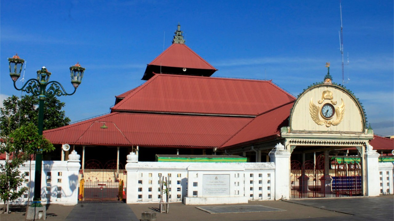 Masjid Gedhe Kauman Yogyakarta Wisata Indonesia Dibangun Diatas Tanah Keraton
