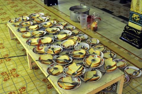 Oblok Hidangan Menyambut 1 Syawal Masjid Gedhe Kauman Yogyakarta Dipersiapkan