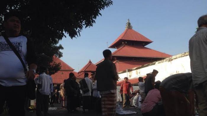 Realtime News Takmir Masjid Gedhe Kauman Sampai Kekurangan Tikar Kota