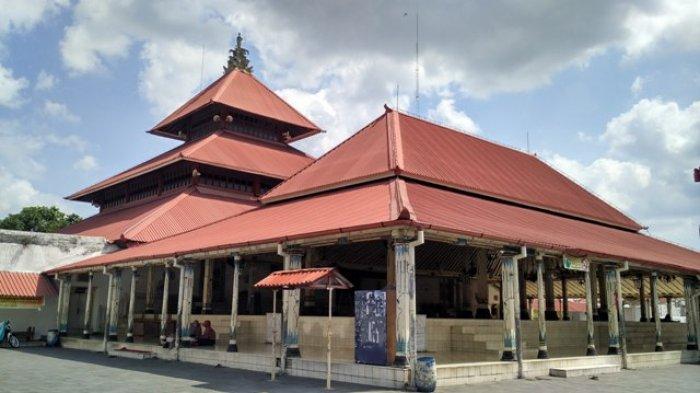Sambut Ramadan Masjid Gedhe Kauman Dibersihkan Kian Dipercantik Kota Yogyakarta