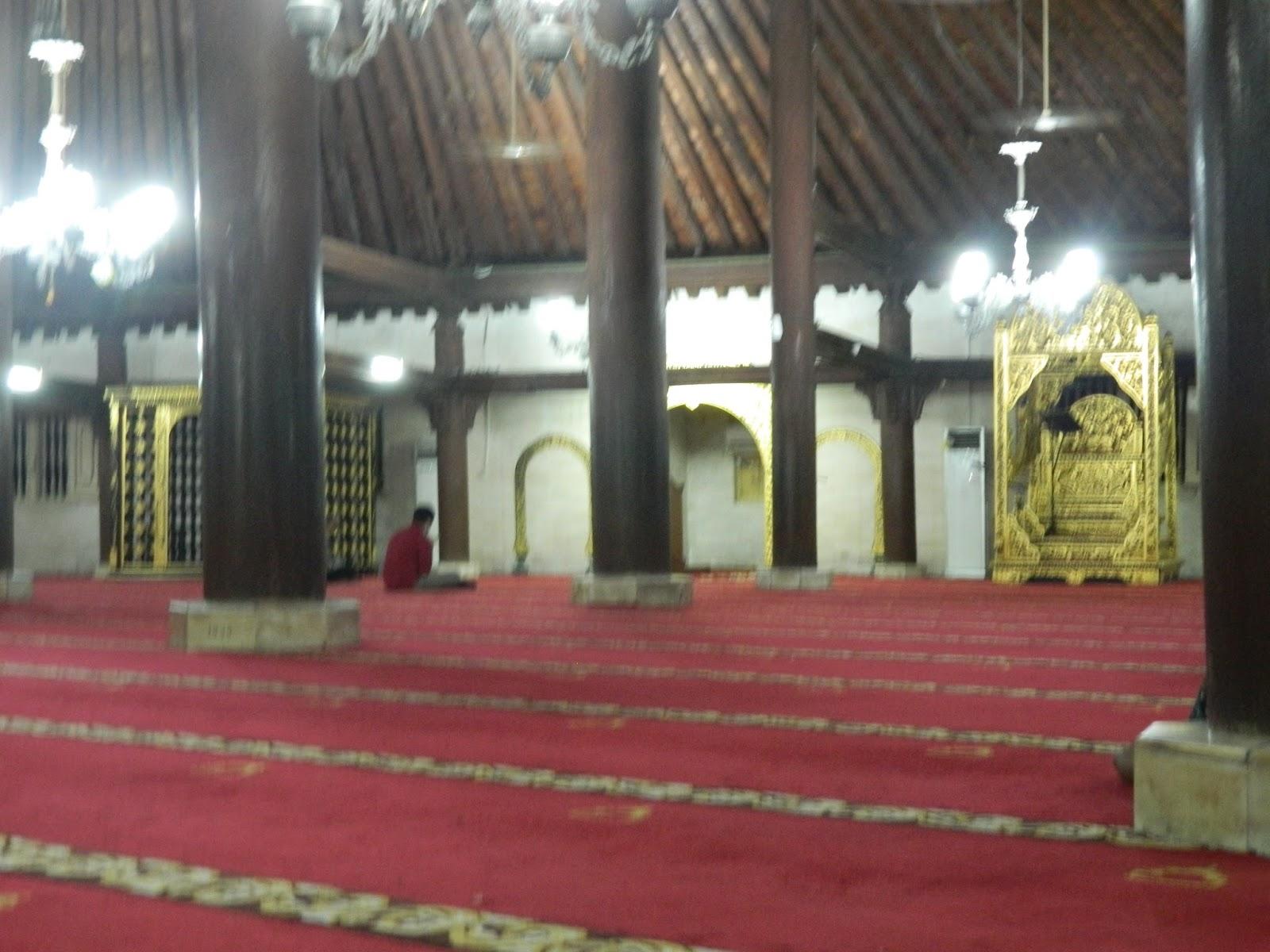 Sangpetualang Mengintip Kegiatan Bulan Ramadhan Masjid Gedhe Hasil Tersebut Berdasarkan