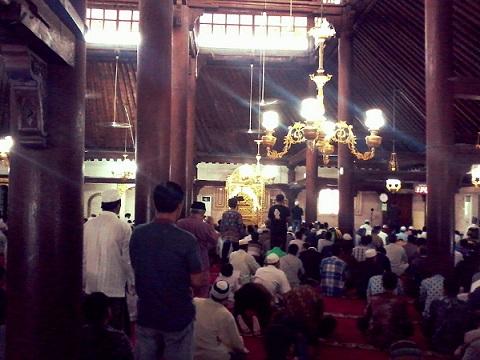 Siarmasjid Tarawih Dini Hari Khas Masjid Gedhe Kauman Bikin Penasaran