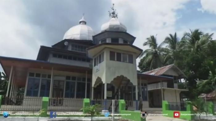 Dibangun Oleh Pahlawan Ternama Masjid Pertahankan 13 Tiang Dalamnya Banjarmasin