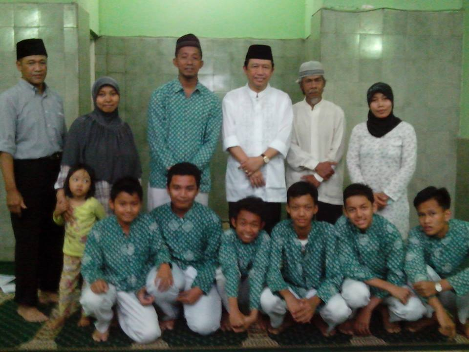 Ketua Dpr Ri Sholat Jumat Masjid Syuhada Yogyakarta Hari 21