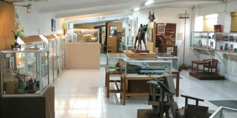 Dengar Museum Mainan Kolong Tangga Tempatnya Kompas Anak Kota Yogyakarta