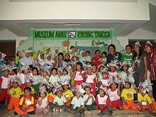Museum Anak Kolong Tangga Wikipedia Bahasa Indonesia Ensiklopedia Kunjugan Sekolah
