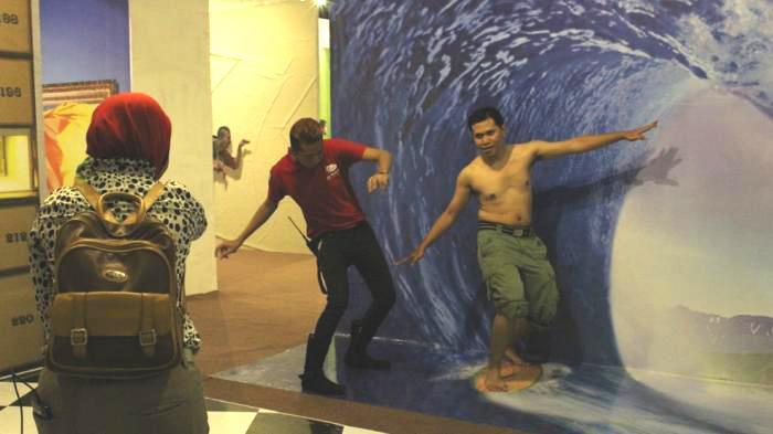 De Mata Trick Eye Yogyakarta Inilah Museum 3d Terbesar Dunia