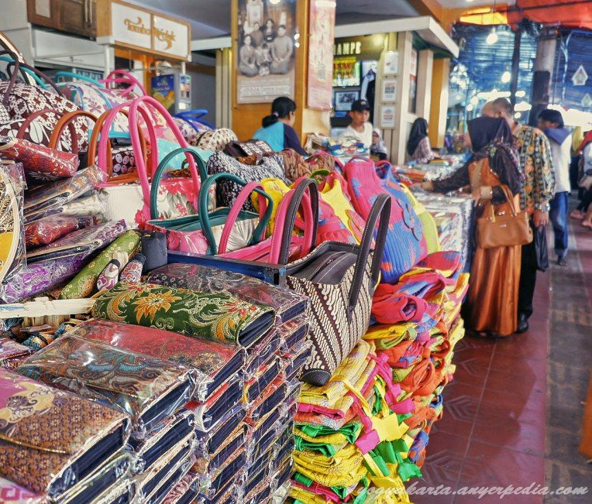 Bahasa Indonesia Wisata Jogja Menemukan Beragam Jenis Rempah Pasar Beringharjo