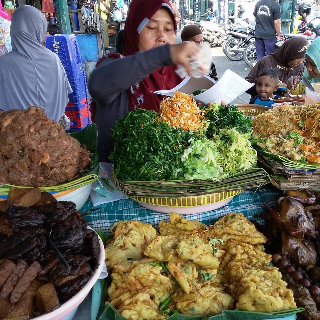 Jogja Empat Roda Rental Mobil Sewa Pasar Beringharjo Bringharjo Kota