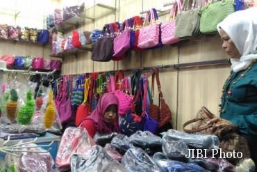 Mubeng Beringharjo Berburu Kerajinan Rajut Pasar Bringharjo Kota Yogyakarta