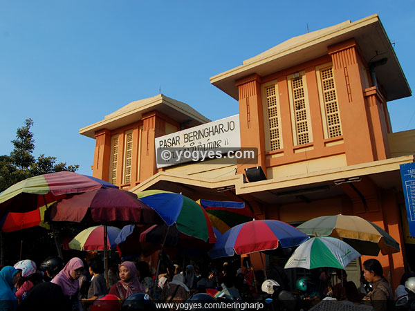 Pasar Beringharjo 10 Tempat Wisata Bisa Dijangkau Jalan Kaki Bringharjo
