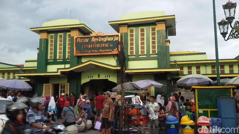 Pasar Beringharjo Yogyakarta Buka Sampai Malam Bringharjo Kota